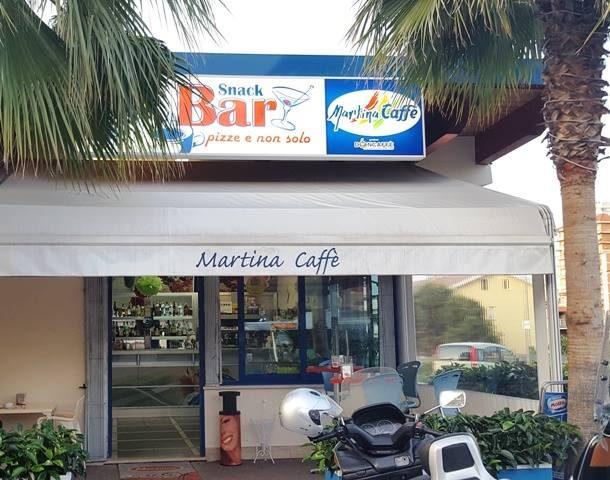 martina caffè.jpg